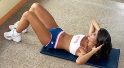 Exercício abdominal tira barriga?