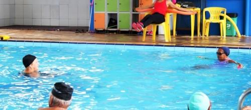 Prática de atividades físicas ajuda idosos a manter força e equilíbrio