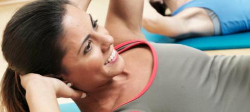 Qual a relação entre dorsolombalgia e lombalgia no Pilates?