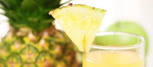 Benefícios do suco de abacaxi – combate dores articulares