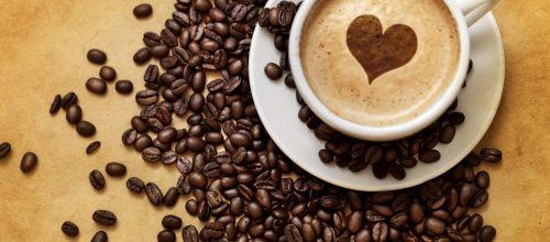 Beber café, sem exageros, faz bem à saúde