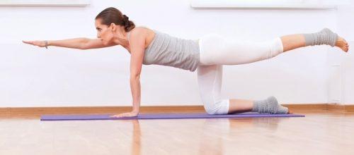 Pilates corrigindo a má postura