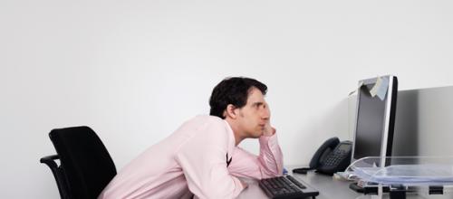 As doenças mais comuns decorrentes da má postura no trabalho