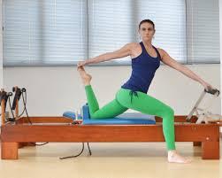 Exercícios de alongamento no Pilates